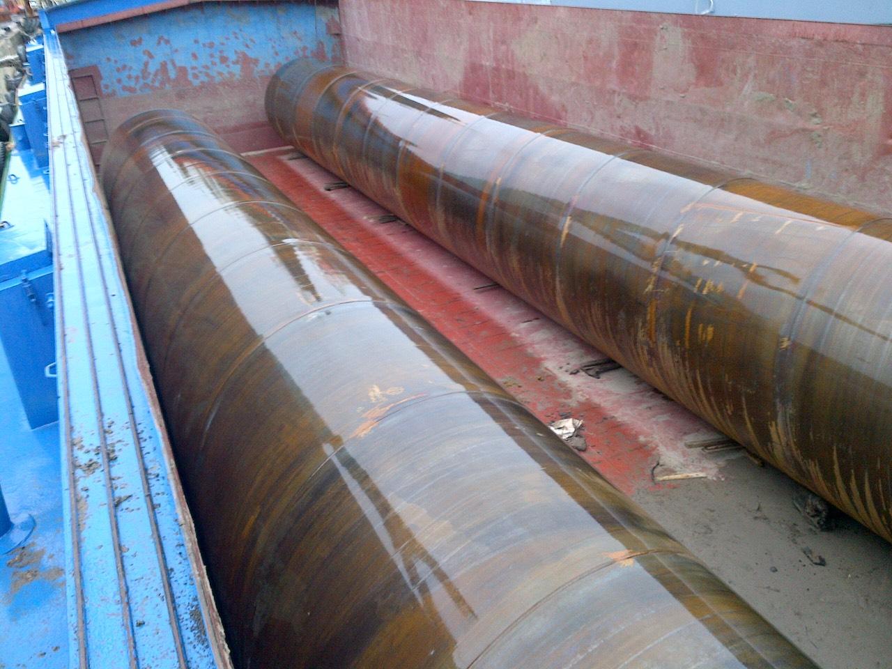 vận chuyển cọc ống thép